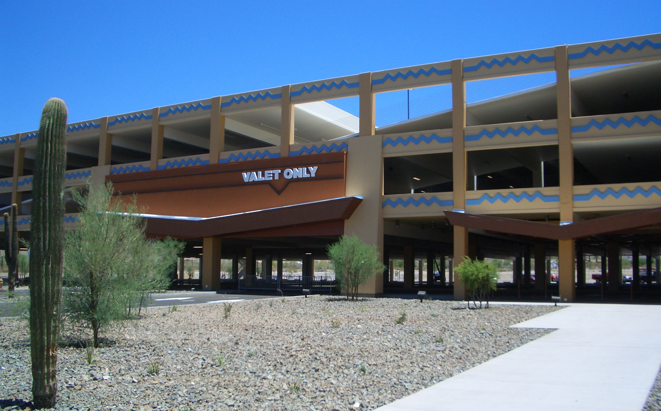 Vee Quiva Hotel & Casino Parking Structure