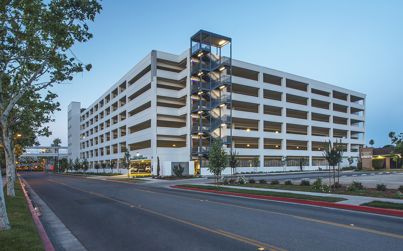Community Regional Medical Center Clark Parking Structure